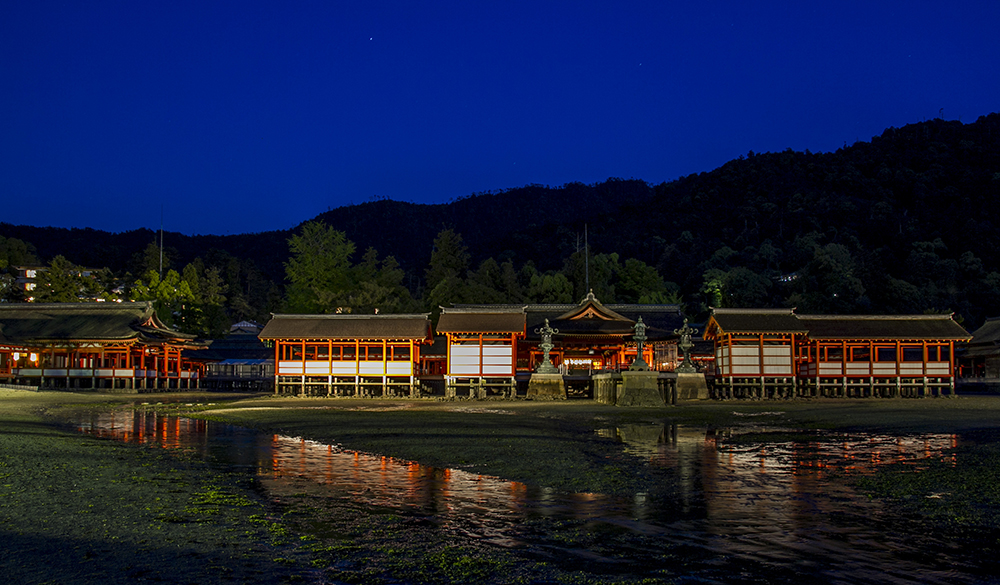 Ituskushima Shrine, Miyajima