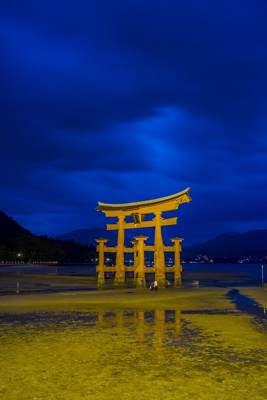 Torii gate of Ituskushima Shrine