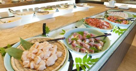 Buffet dinner at Tsuruga Resort
