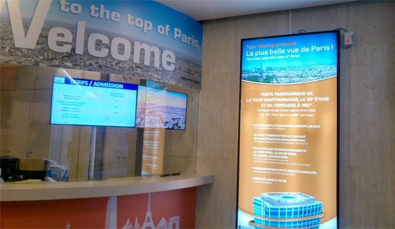 Ticketing counter on the ground floor of Tour Montparnasse