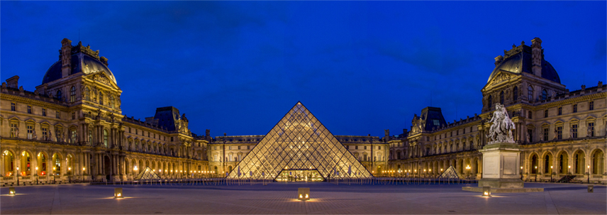 """Blue Hour"" at The Lourve Pyramid"