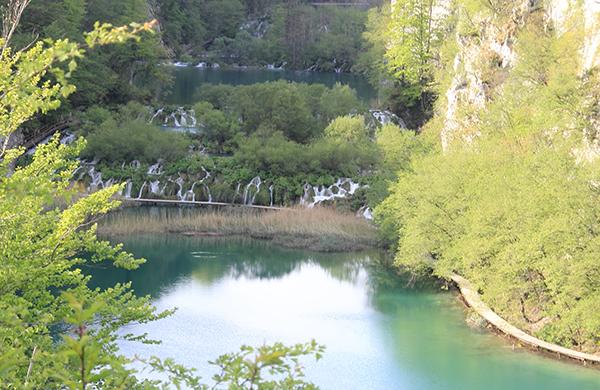 lakes and falls