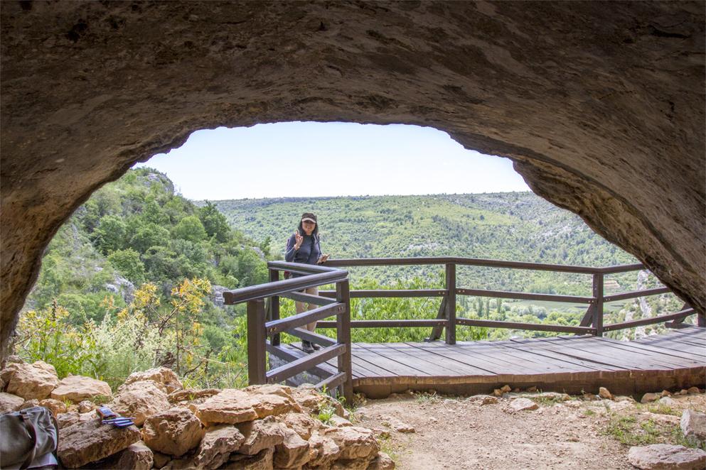 Ozidana Pecina cave entrance