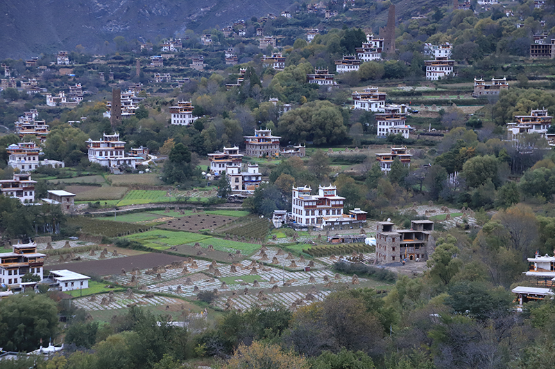 Tibetan village in DanBa County