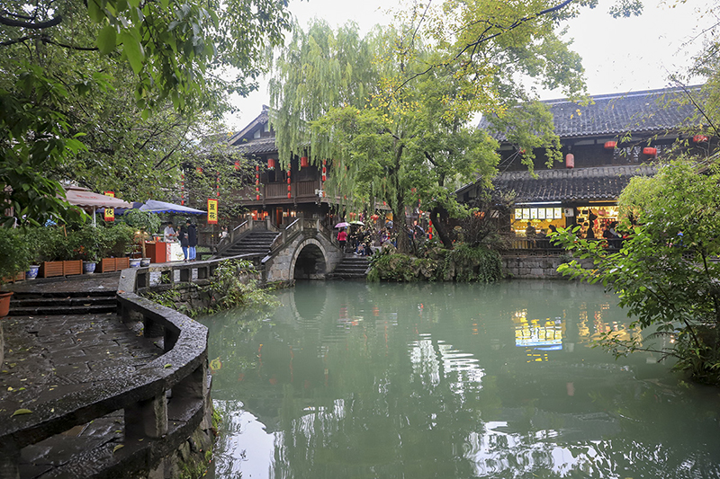 A pond in JinLi Ancient Street
