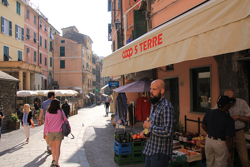 Coop outlet at Vernazza