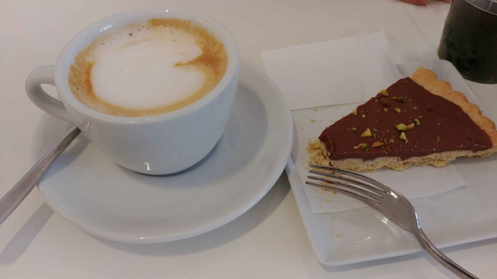 Coffee break at Sicilia Outlet Village