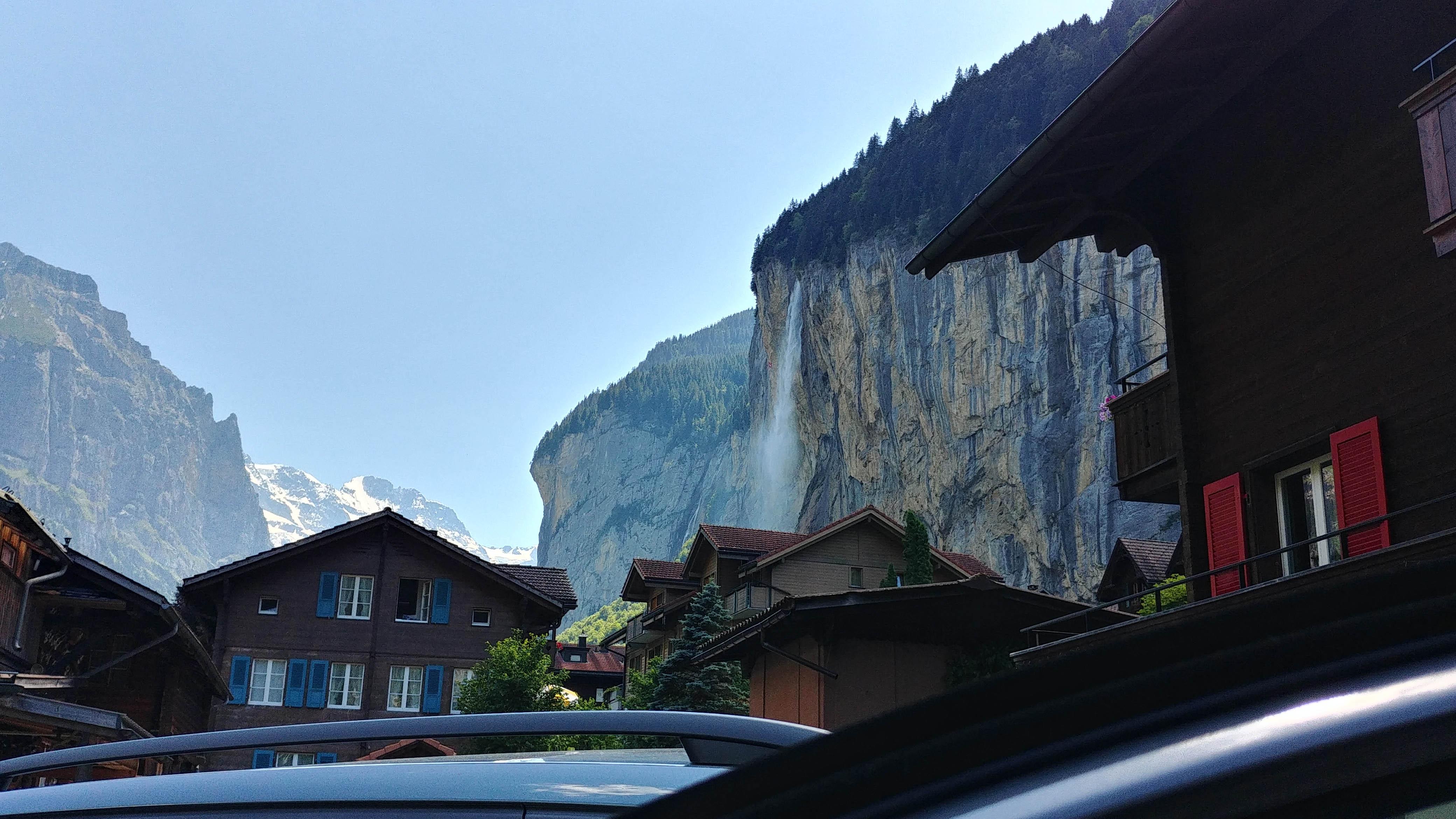 Staubbachfall Wasserfall as viewed from Valley Hostel carpark