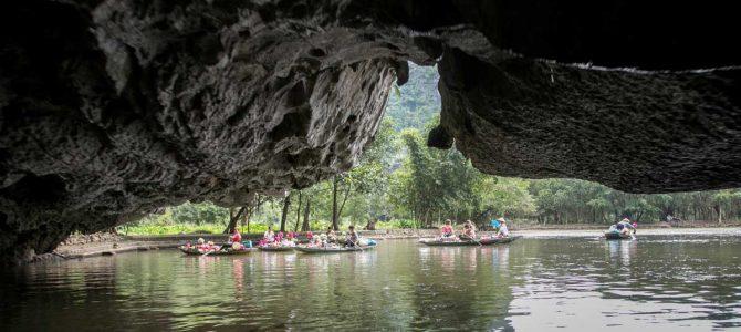 Day 7 & 8: Tam Coc – Cave Mua & Tam Coc Boat Ride