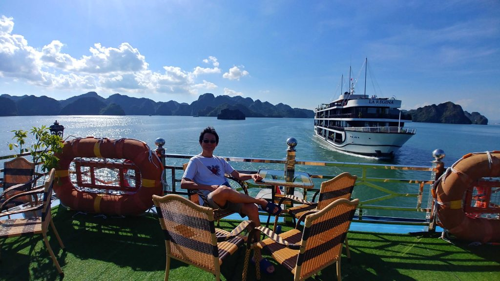 The top deck of La Paci Cruise Boat