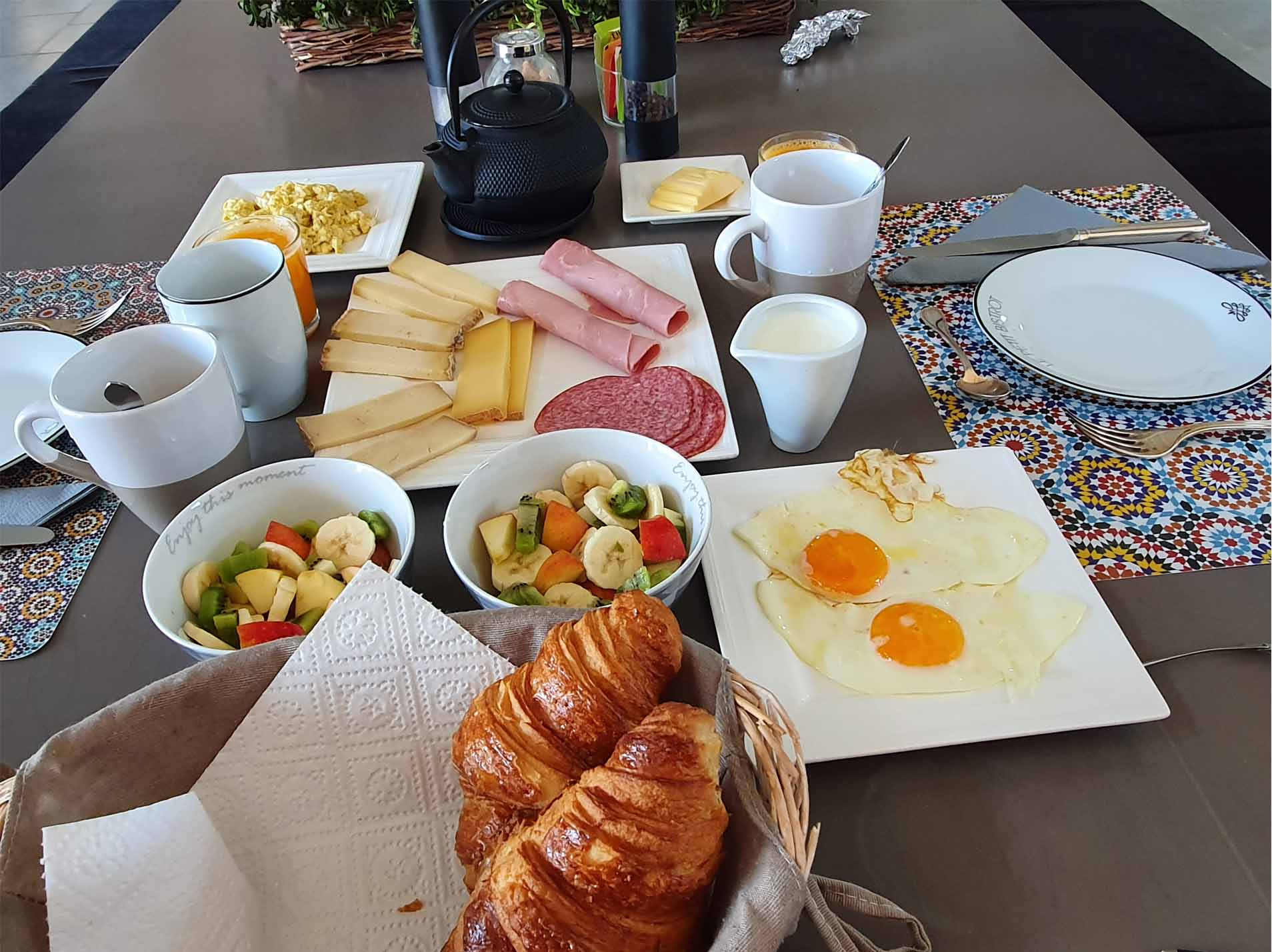 Lovely breakfast at La Magie des Reves