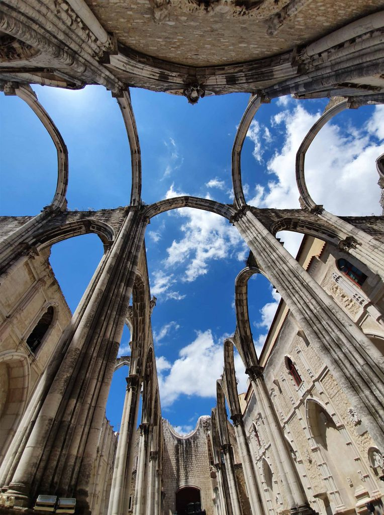 Convento do Carmo, the roofless church