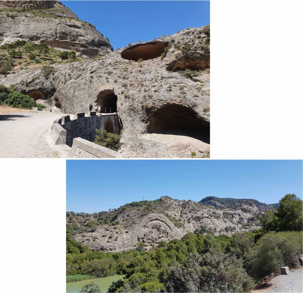Tatoni caves and Gothic Arch