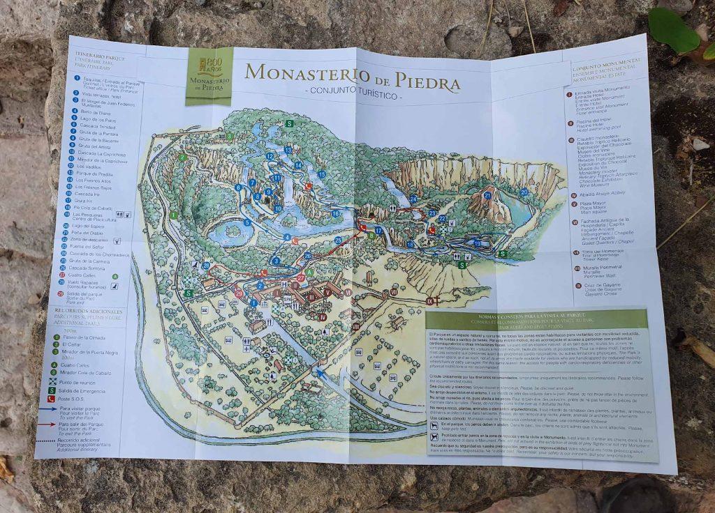 Walking route of Monasterio de Piedra Natural Park