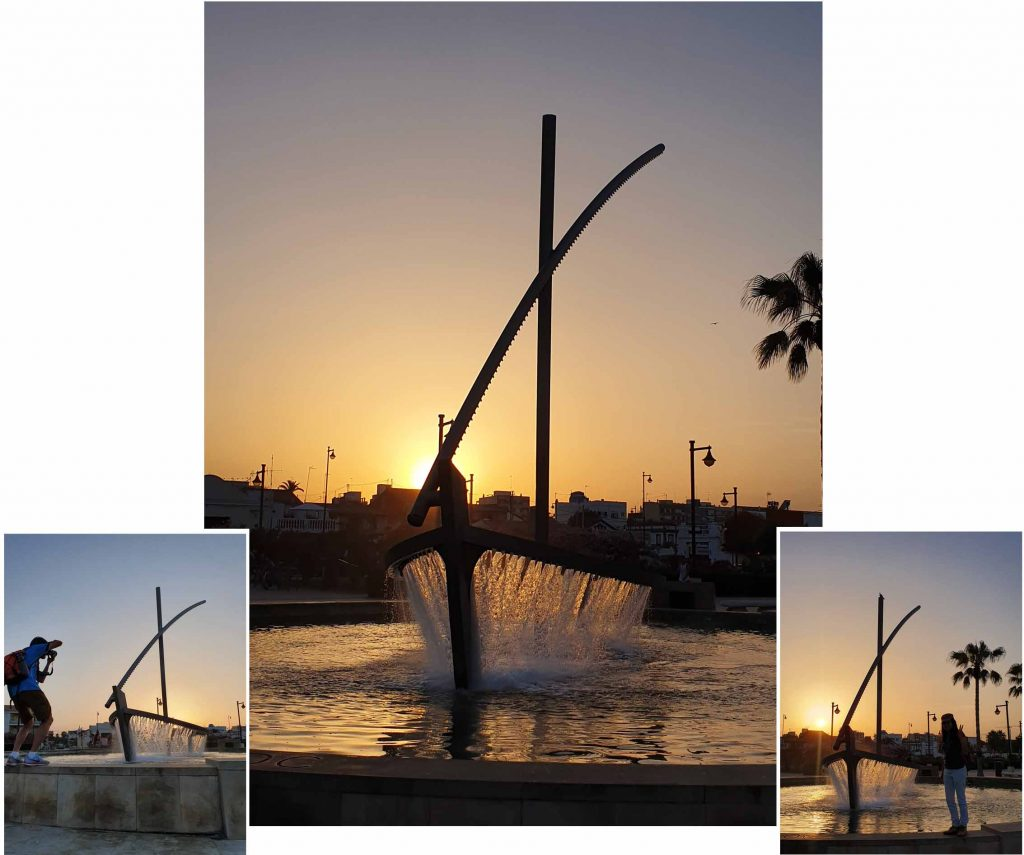 Boat fountain at the beach