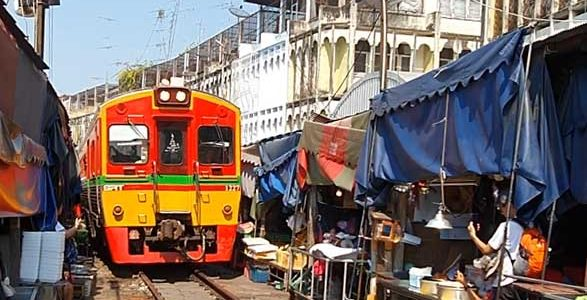 Day 7: Train & Floating Market